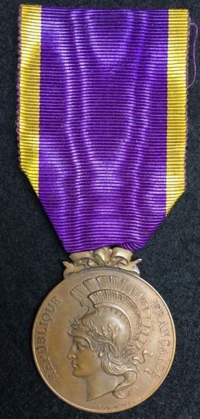 Médaille de l'Instruction Publique en Indochine,...