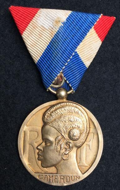 Ordre pour du Mérite Indigène, fondé en 1924,...