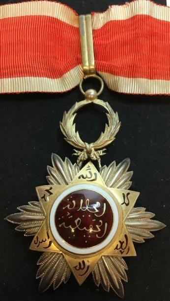 Ordre du Ouissam Hafidien, fondé en 1910,...