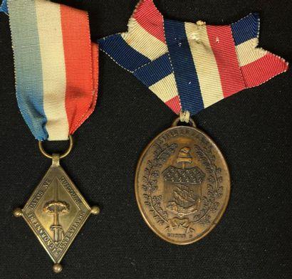 1789, lot de deux médailles: un Losange des...