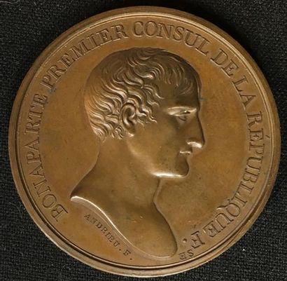 Médaille de bronze au profil de Bonaparte...
