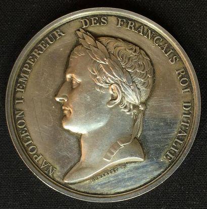 Médaille d'argent au profil de Napoléon lauré...