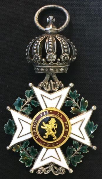 Ordre de Léopold, croix de chevalier à titre...