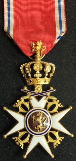Ordre de Saint-Olaf, croix d'officier à titre...