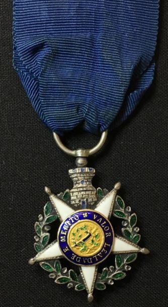 Ordre de la Tour et de l'Épée, bijou de chevalier...
