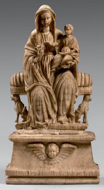 Statue de Vierge à l'Enfant en albâtre assise...