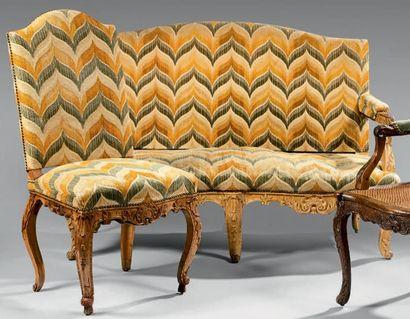 Canapé et chaise à dossier plat cintré en...