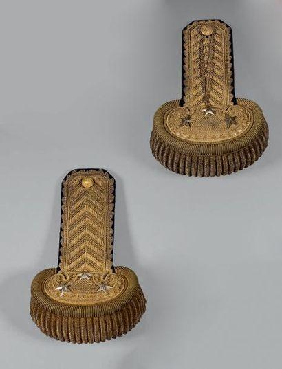 Paire d'épaulettes de général de division, attribuée à André Charles Victor Reille,...