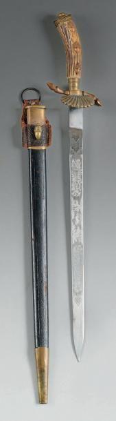 Couteau de chasse. Poignée en Bois de cerf...