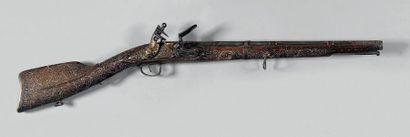 Fusil à silex des Indes. Canon rond entièrement...