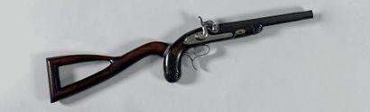 Beau pistolet carabine à percussion. Canon à bouche fileté pour rallonger le canon,...