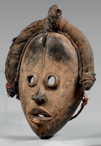 Masque Dan, Côte d'Ivoire. Bois à patine...
