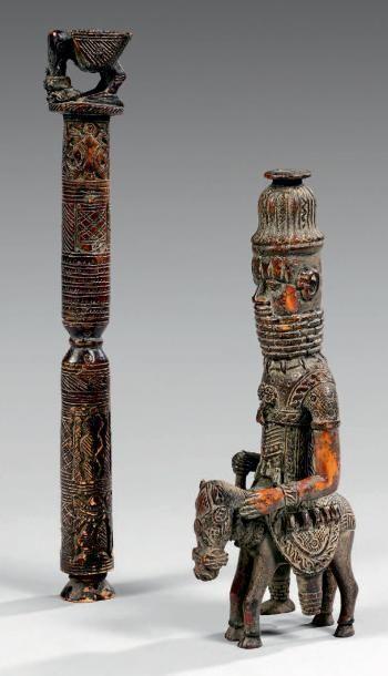 Lot de deux sculptures: - Sceptre Edo, Royaume...