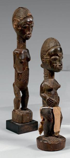 Statuette Baoule, Côte d'Ivoire. Bois à patine...
