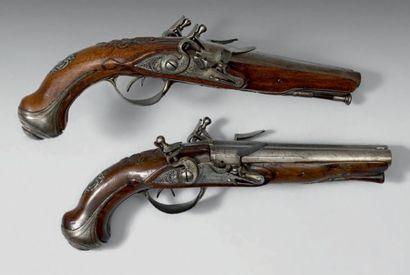 Paire de pistolets double à silex par Antoine...