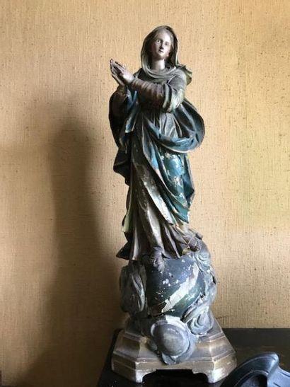 Statuette de Vierge en bois polychrome. Italie,...