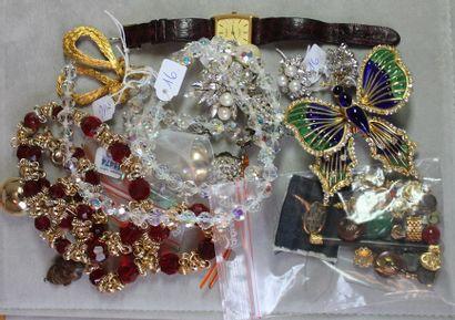 Lot divers de bijoux fantaisie, certains...