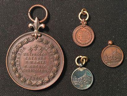 Italie, Royaume des Deux-Siciles - Lot de quatre médailles : une commémorative de...