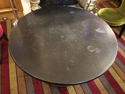 Table piétement colonne à sphère en bois...