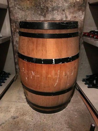 1 tonneau chêne cerclé métal