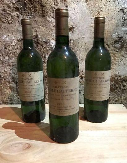 3 B. Graves blanc, Pessac Leognan, Château Laville Haut Brion, Domaine Clarence...