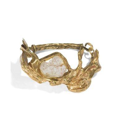 ANNA STEIN (NÉE EN 1936) Bracelet. Bronze...