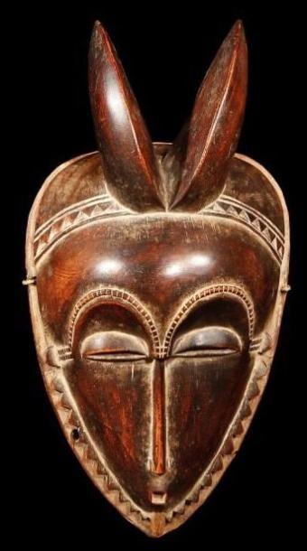 Masque YAOURE (R. Côte d'Ivoire). De type...