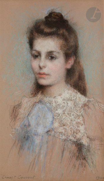 Ernest LAURENT (1859-1929) Portrait de jeune fille, 1900 Fusain et pastel. Signé...