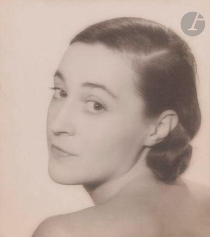 Lee Miller (1907-1977) Katia Krassina, 1931....
