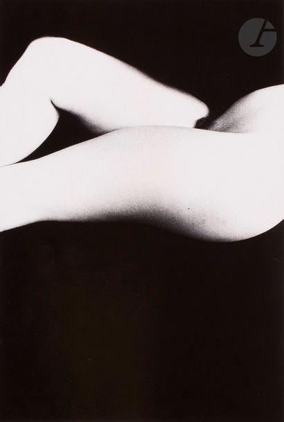 Ralph Gibson (1939) Nu féminin, 1988. Épreuve...