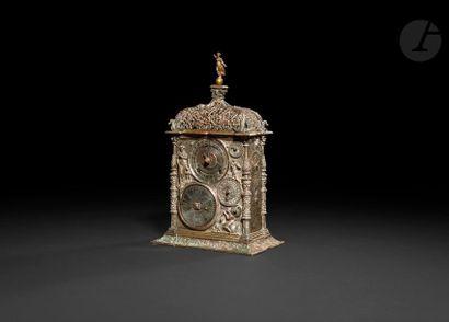 Horloge de table astronomique en galvanoplastie...