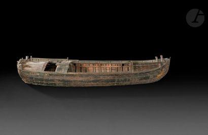 Maquette ancienne d'un bateau de navigation...