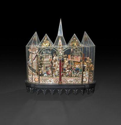 Exceptionnelle composition en coquillages sous une chasse de verre et plomb à arcades...