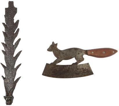 Hachoir à main figurant un écureuil en fer...