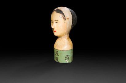 Marotte en carton peint et cuir polychrome. XIXe siècle. (Quelques accidents). H:...