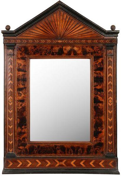 Miroir en marqueterie, bois noirci et bois...
