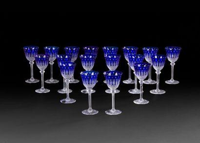Saint Louis, modèle Tommy Suite de 18 verres...