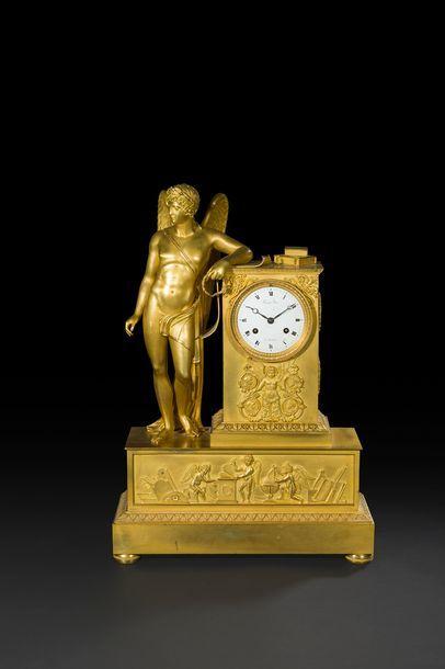 Pendule en bronze doré représentant la figure...