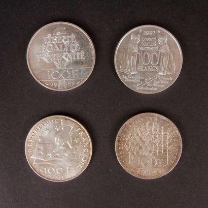 Lot de pièces : - 5 Francs en cuivre. Type...