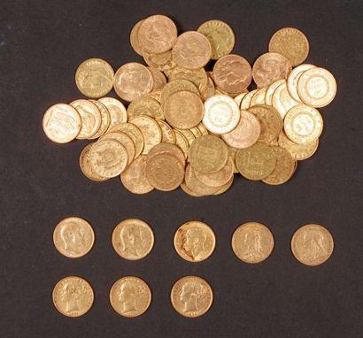 Dans un sachet numéroté 2017090: 70 pièces de 20 Francs en or + 7 Souverains en...