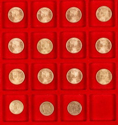 Lot de 23 pièces en or européenes, dans un sachet numéroté 2017065 : - 20 pièces...