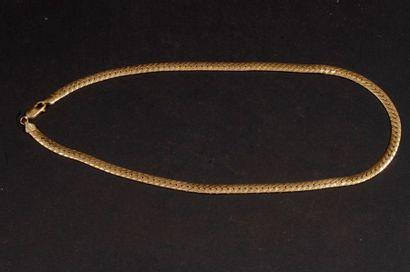 Collier en or. Poids : 16,4 g