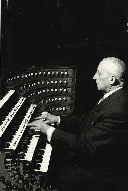 Marcel DUPRÉ (1886-1971). 8 L.A.S. et 1 L.S.,...