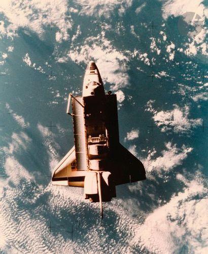 NASA Mission STS-7 Challenger, 22 juin 1983. La navette en orbite. Trois (3) épreuves...