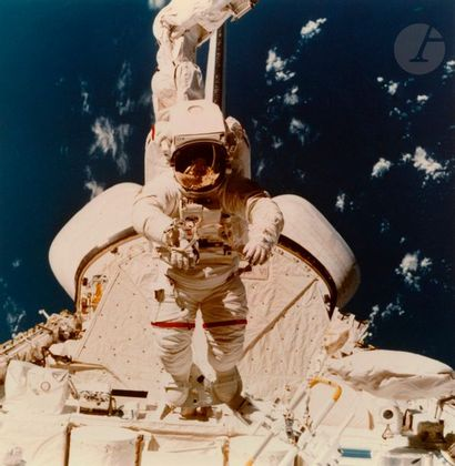NASAMission STS 41B Challenger, February 7 , 1984. Bruce McCandless outside the...