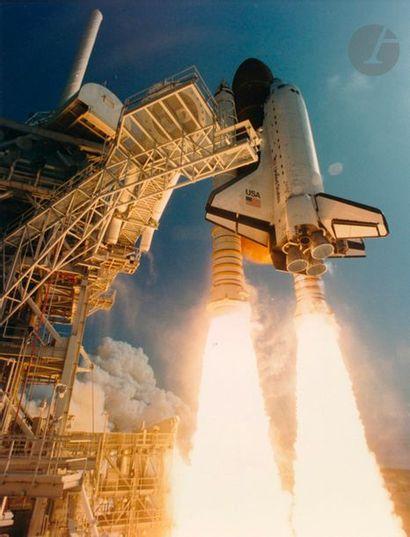NASA Décollages des navettes spatiales Atlantis...