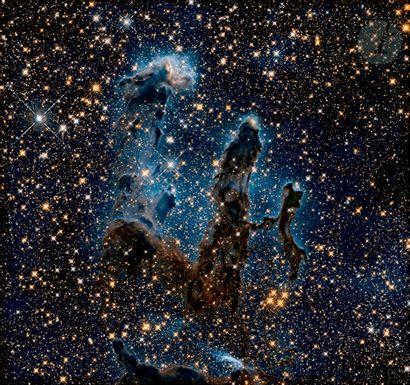 NASA Téléscope Hubble, 2015. La nébuleuse de l'Aigle. Épreuve chromogénique pigmentaire....
