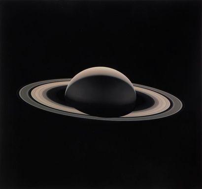 NASA Saturne vue par la sonde Cassini, 13...