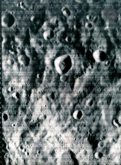 NASA Lunar Orbiter Project. Mission 1, août...