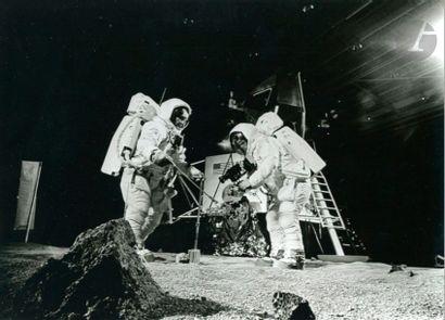 NASA Apollo 11, 1969. Buzz Aldrin et Neil...